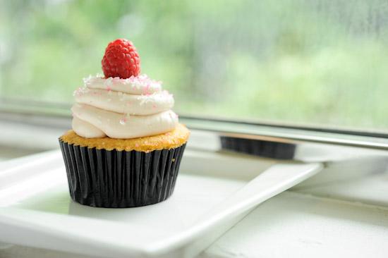 Lychee cupcake