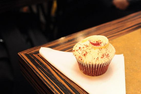 Hummingbird Bakery Cupcake