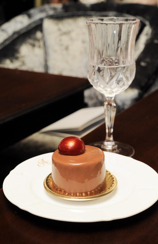 Antoinette Cake