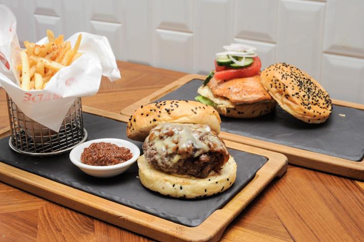 &Made Burger