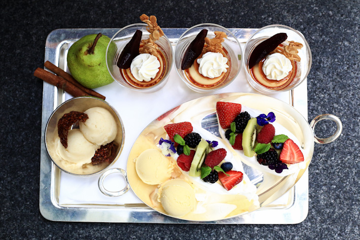 Mezza 9 Desserts