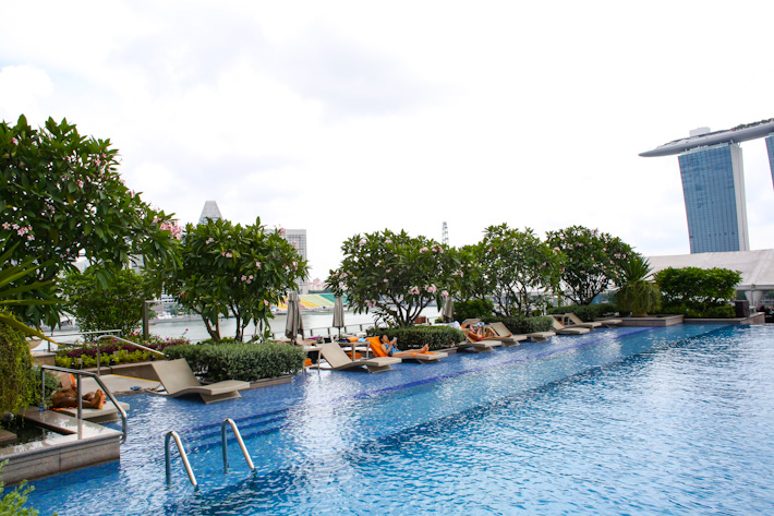 The Fullerton Bay Pool