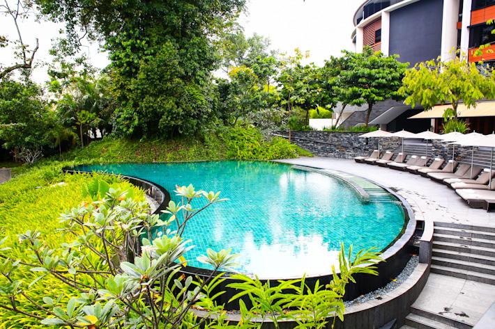 Capella Hotel Singapore Pool