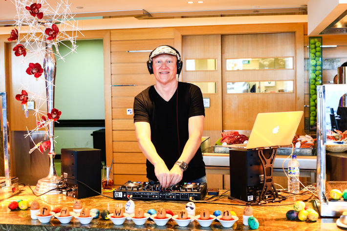 DJ Lindo