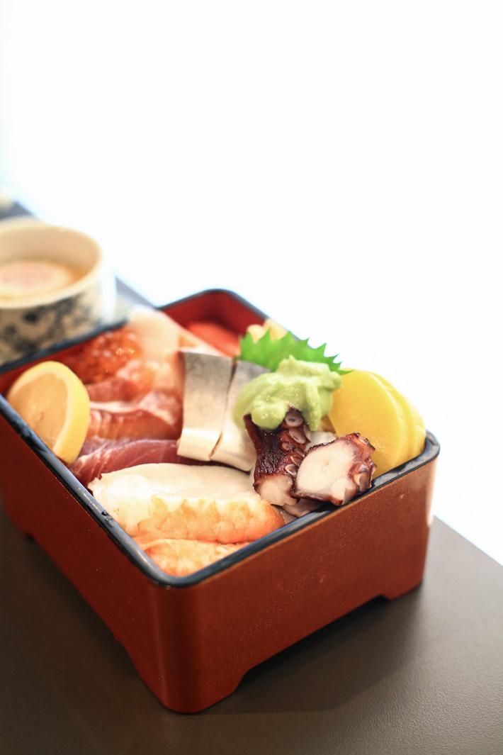 Kaiho Sushi Chirashi Don