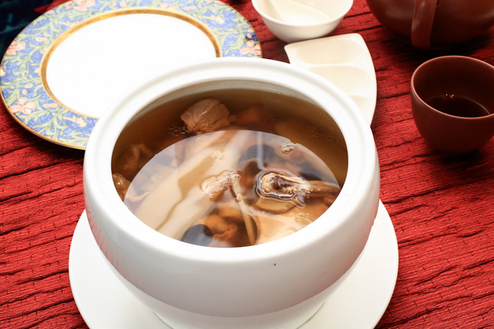 Double-boiled Soup with Sea Whalk