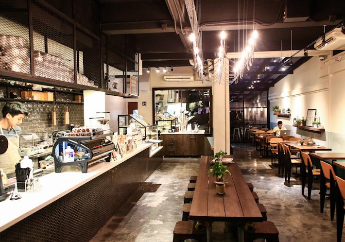 Dutch Colony Cafe