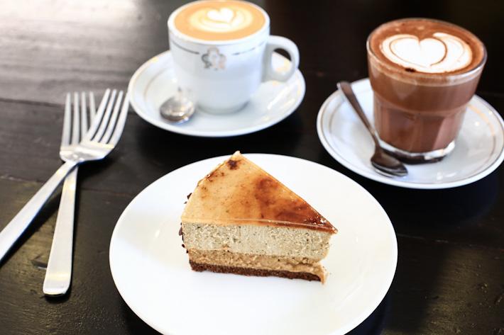 Yuan Yang Cheesecake