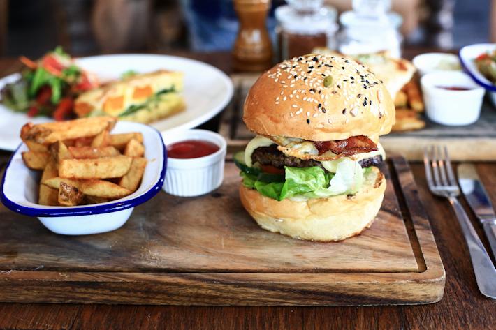 Corner House Burger