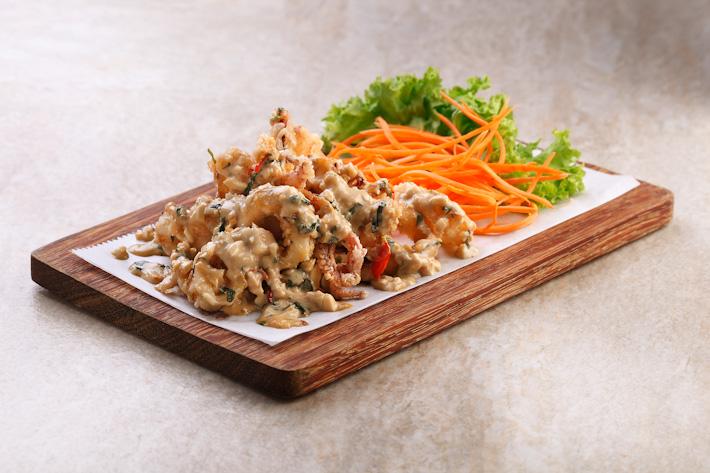 Thai-Style Salted Egg Calamari