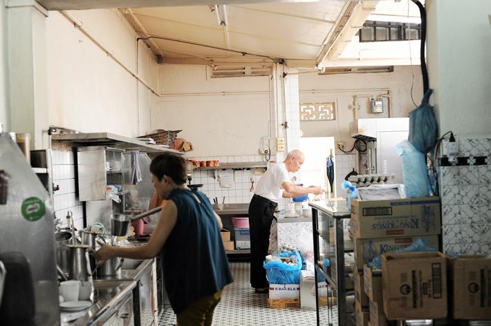 Chin Mee Chin kitchen