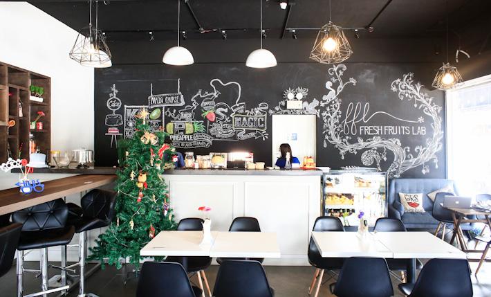 Fresh-Fruits-Lab-Cafe