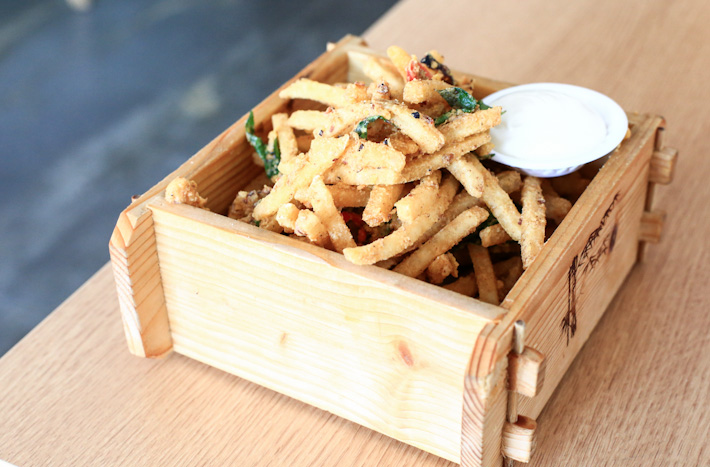 Salted Egg Yolk Fries