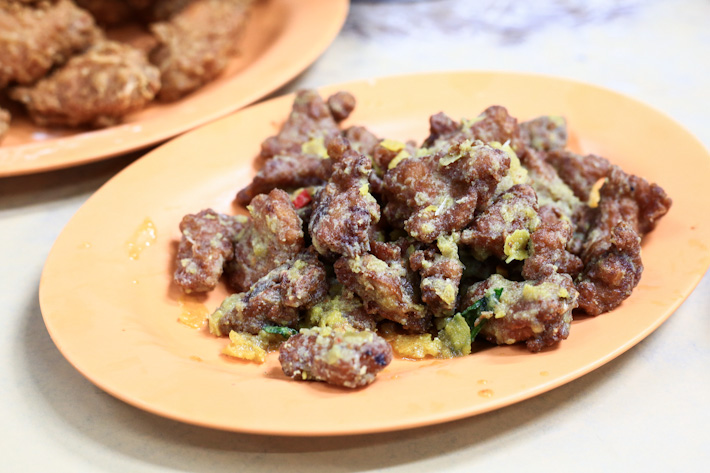 Salted Egg Yolk Pork Ribs