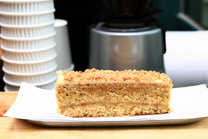 Browned Butter Sugee Cake