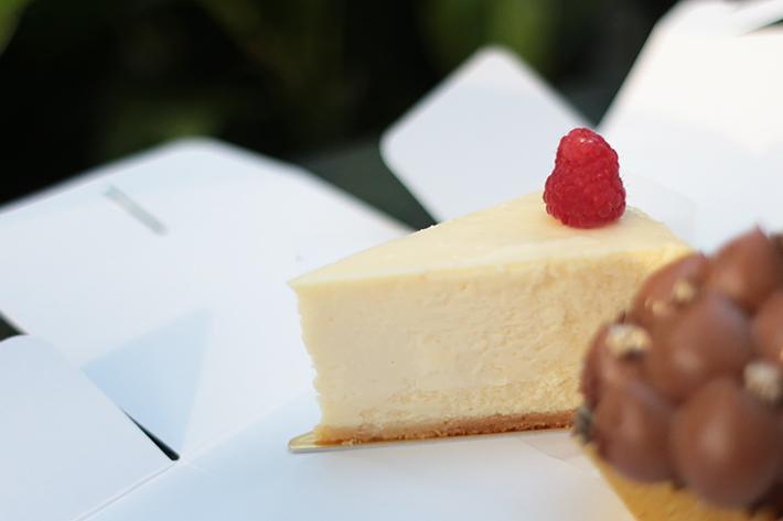 D9 Cakery American Cheesecake