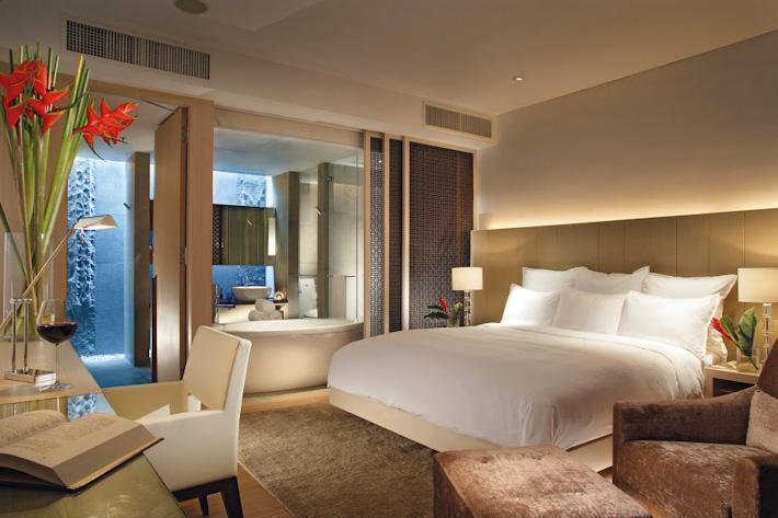 Marriott Pool Terrace Room