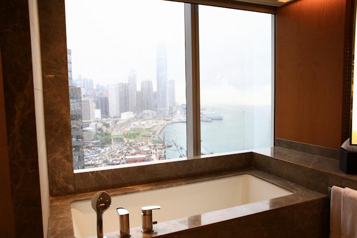 Renaissance HK Bathtub