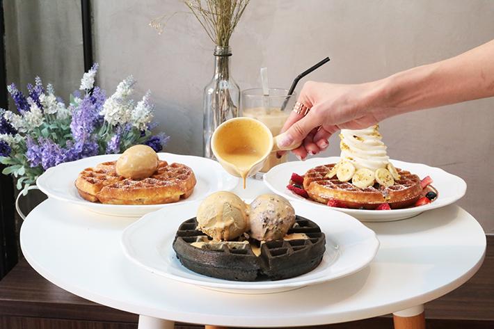 Salted Egg Yolk Waffles - Twenty Grammes