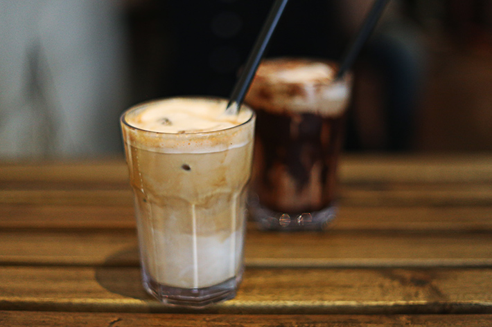 SARNIES - ICED LATTE