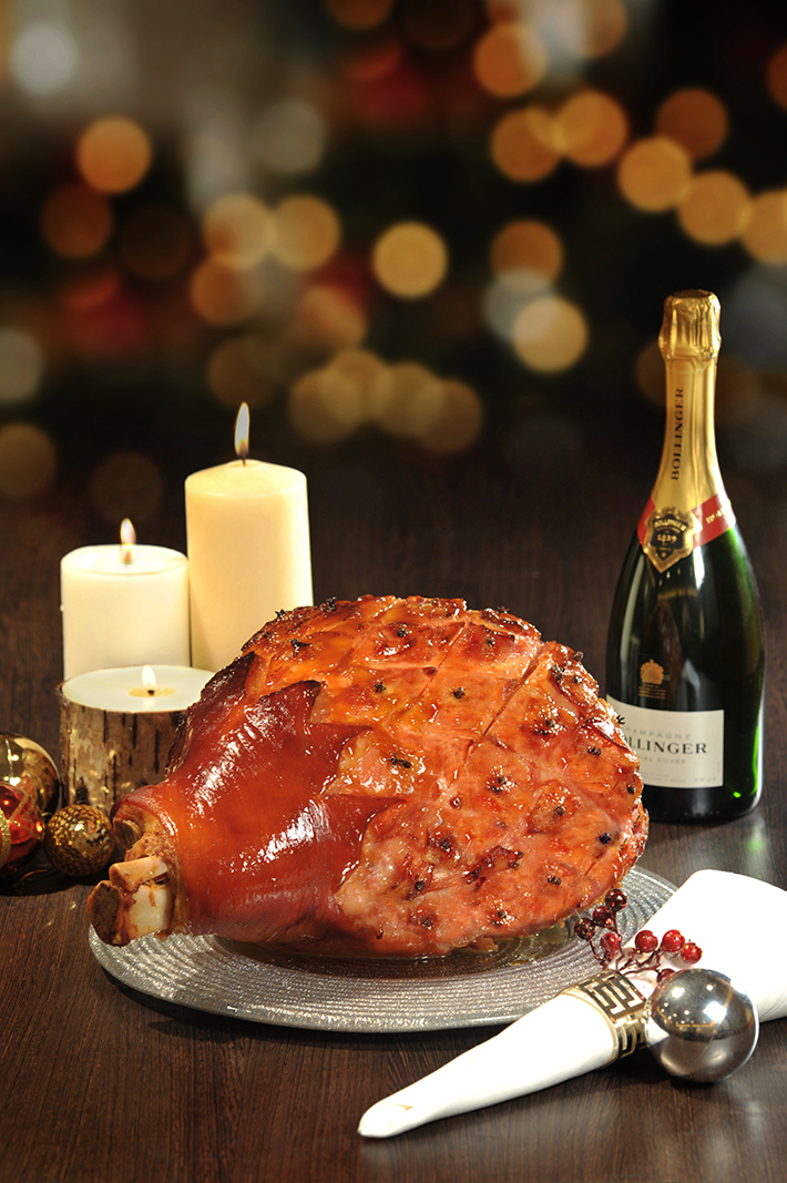 Marriott Cafe Thanksgiving - Bourbon and Honey Glazed Leg Ham