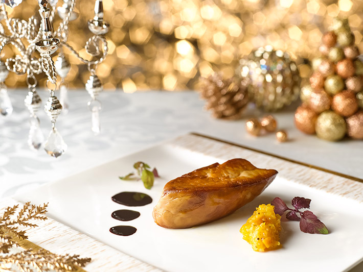 Marriott Cafe Xmas - Pan-Fried Foie Gras with Mandarin Marmalade and Chanti Reduction