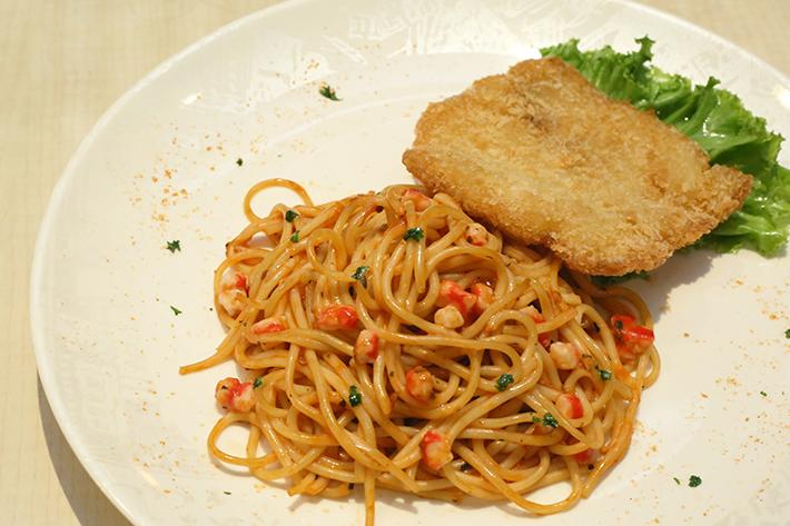 Xin Wang 10 - Fried Fish Spaghetti