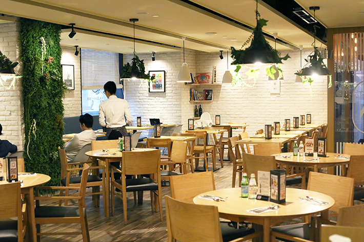 Nigiro Cafe Interior