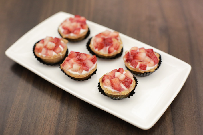 Delifrance Strawberry Cheese Tartlets