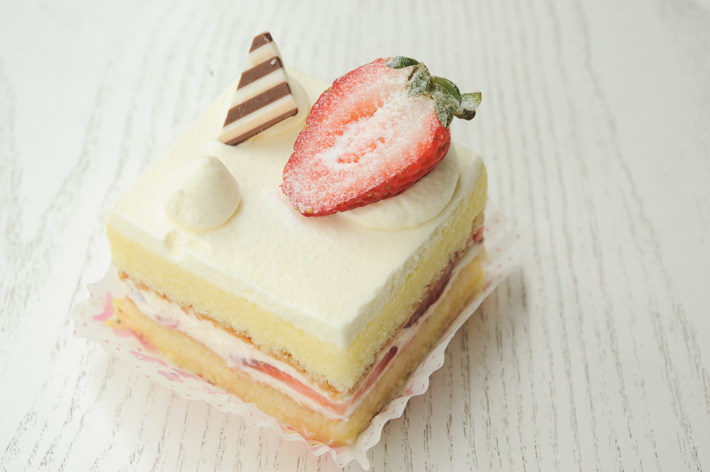 Strawberry Shortcake Patisserie Glace