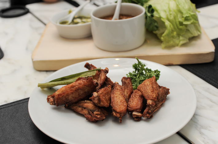 Greyhound Cafe Chicken Wings