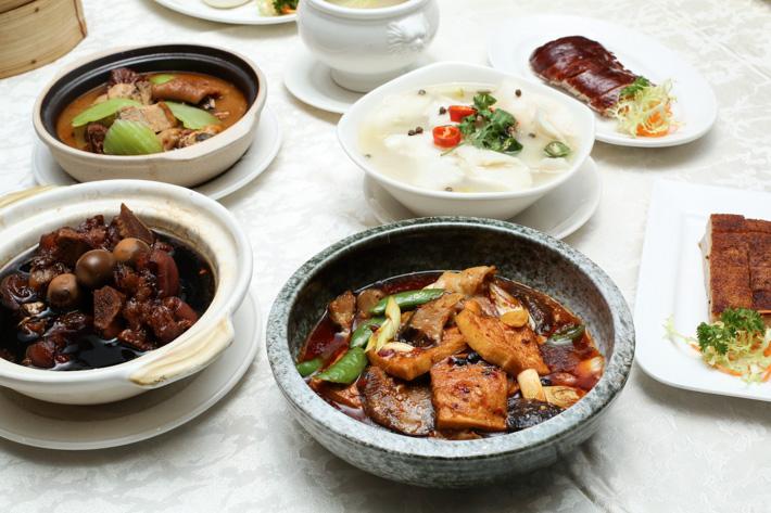 Si Chuan Dou Hua Main Courses