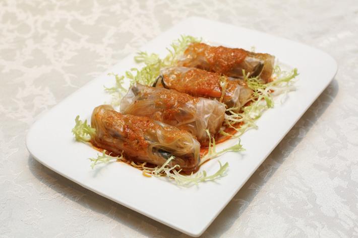 Si Chuan Dou Hua Rice Noodles Roll