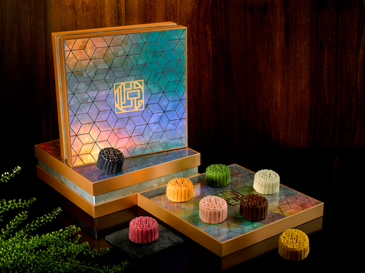 Grand Hyatt Singapore Mid Autumn Mooncake Box  - Snowskin