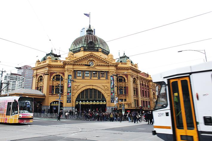public trams melbourne