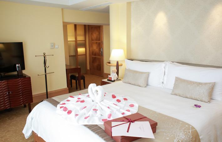 Fullerton Hotel Singapore Suite