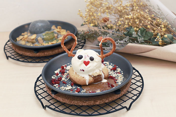 Kooks Creamery Christmas Cookie