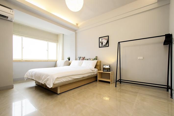 Minimalist Apartment Taipei