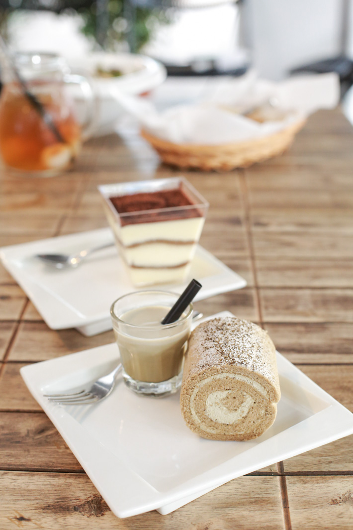 To-gather Cafe Hojicha Swiss Roll