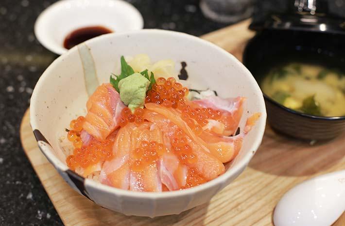 Kuro Maguro Salmon