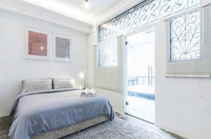 Airbnb White Cosy Apartment