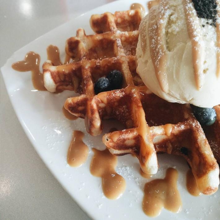 Hatter Street Gula Melaka and Pandan Waffle
