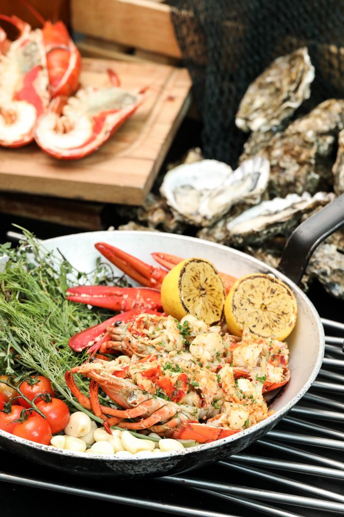 Pan Pacific Orchard Lobster Buffet