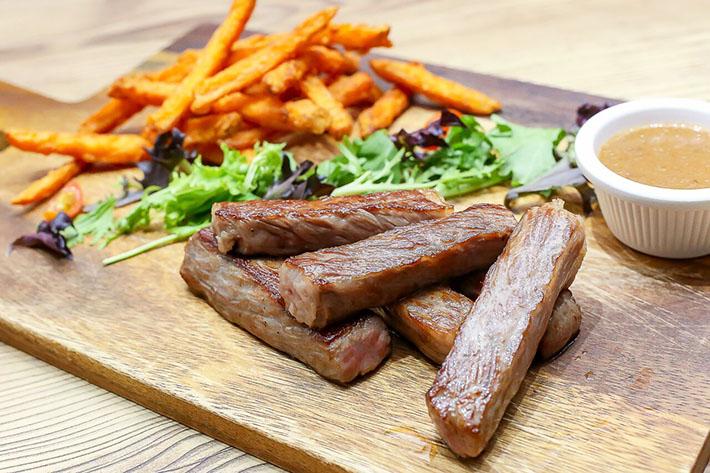 Collin's Steak Frites
