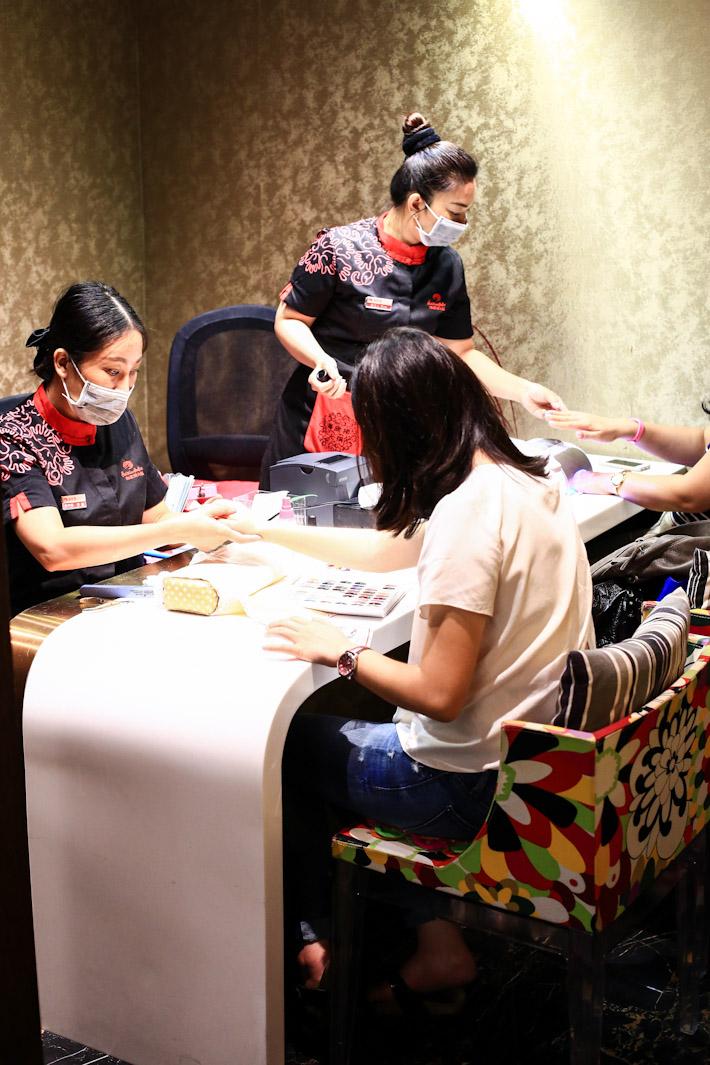 Hai Di Lao Manicure