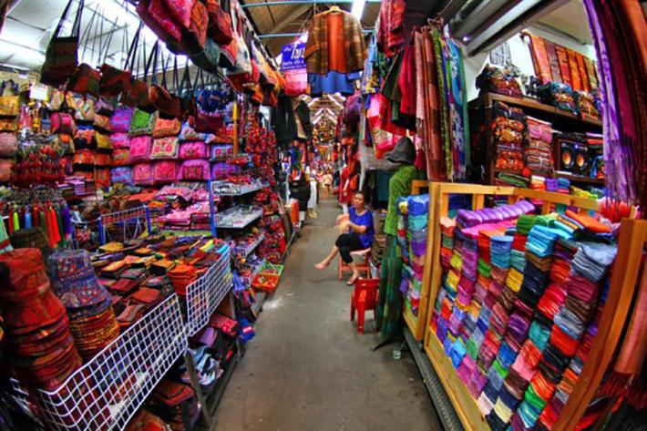Phsar-Chas-Old-Market