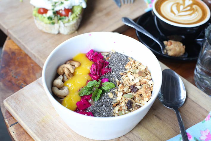 Avocado Cafe Acai Green Bowl_
