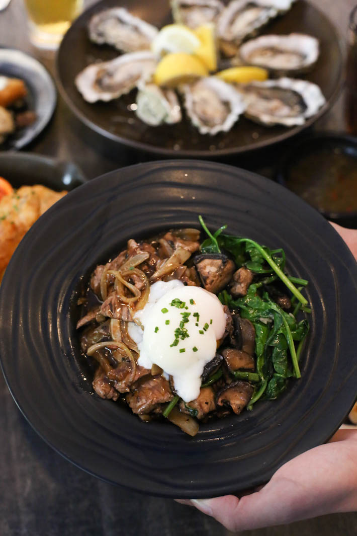 Oyster Co Beef Bowl