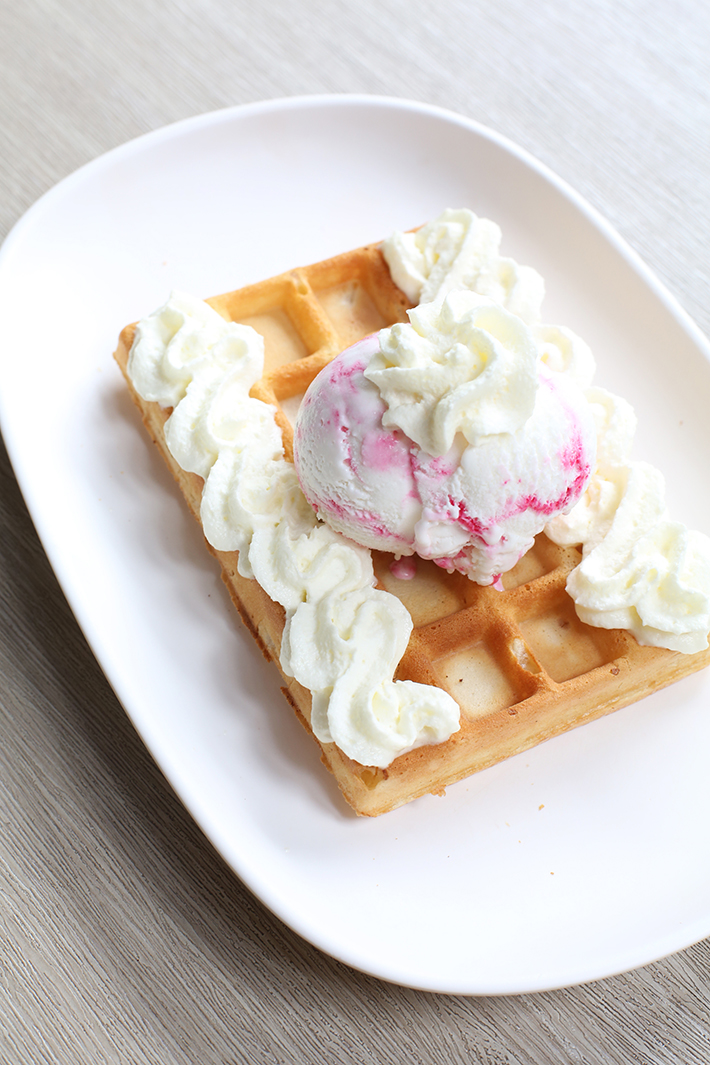 Waffletown Waffle With Ice Cream