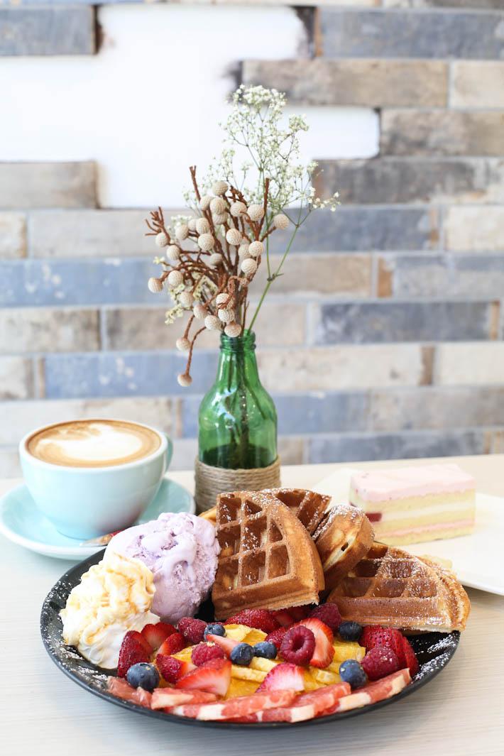 CATfeine Sweet Summer Waffle